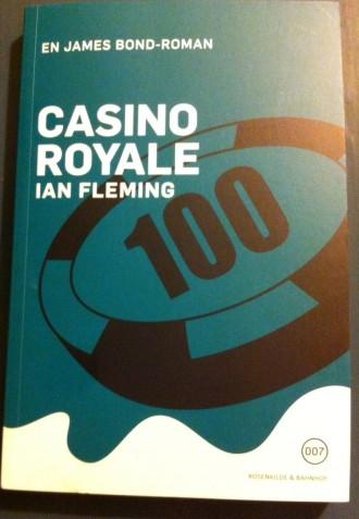 Optagelserne til den kommende James Bond-film går i gang på mandag. Mens du venter på, at filmen får premiere om godt et års tid, kan du kaste dig over Ian Flemings bøger, som forlaget Rosenkilde & Bahnhof genudgiver.