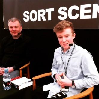 Det er tredje gang, at Carl Wengel Grauballe interviewer Jesper Stein på Krimimessen i Horsens.