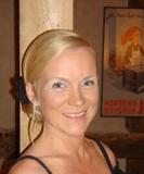 Gæsteblogger Lida Wengel er bibliotekar på Horsens Bibliotek og en af kvinderne bag Krimimessen i Horsens. Hun elsker sine børn, sin mand og London, strikker, læser mange krimier, holder af koncerter og citronvingummi.